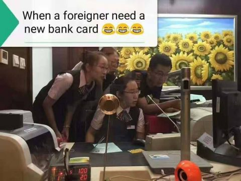 Chinese Jokes - At the Bank
