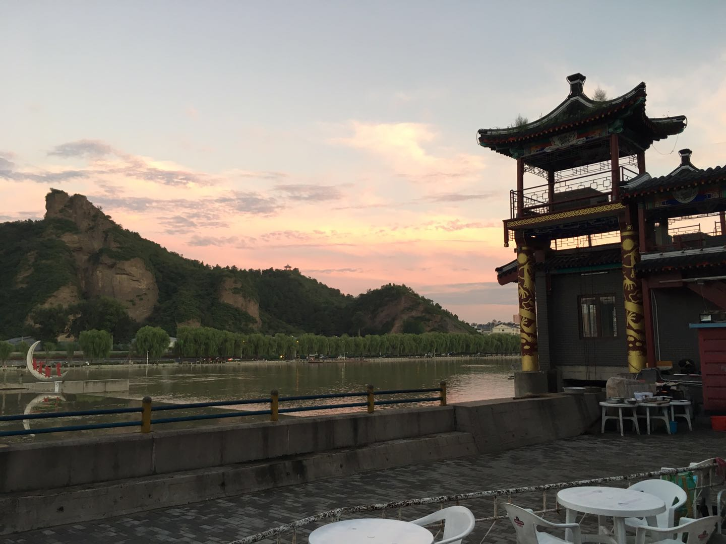 Sunset in Chengde, pagodas and mountains