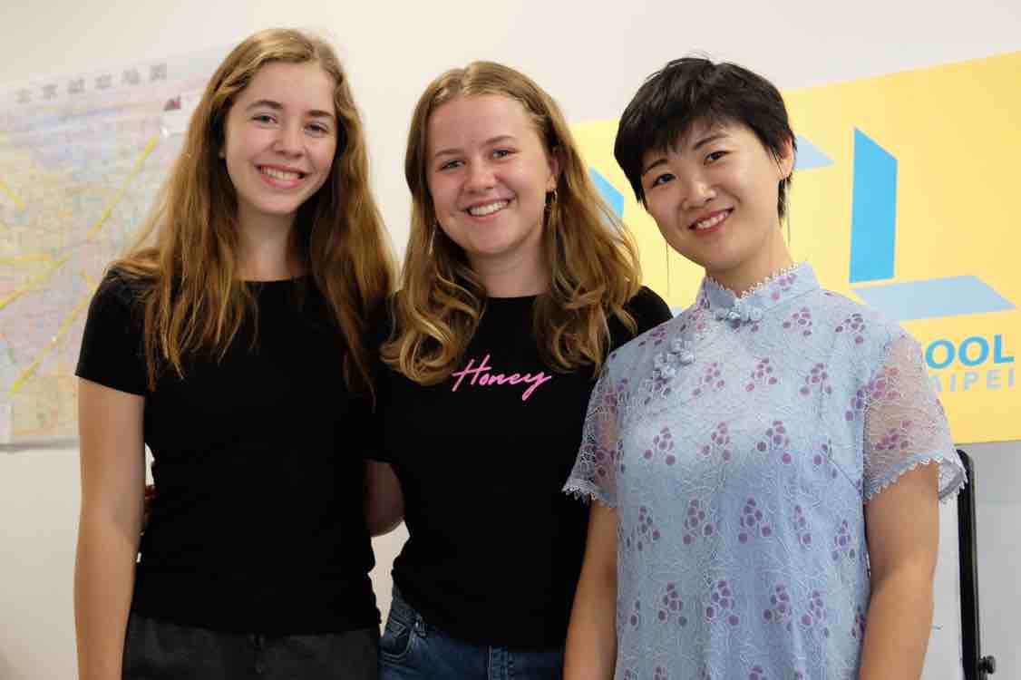 Annabel with her friend and Jane from LTL