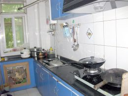 Shanghai Homestay Kitchen area