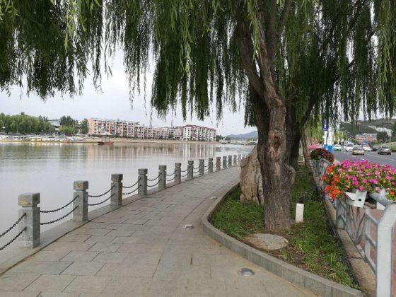 Taking a walk around Chengde