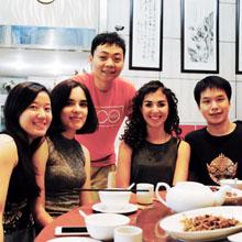Shanghai Social Life |