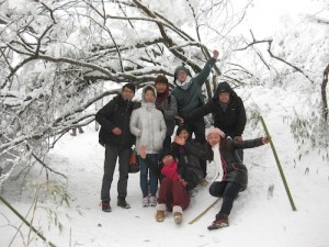 It's snowing in China!