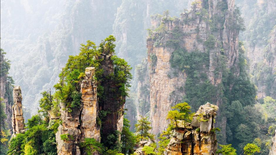 Hallelujah Mountains in Zhangjiajie