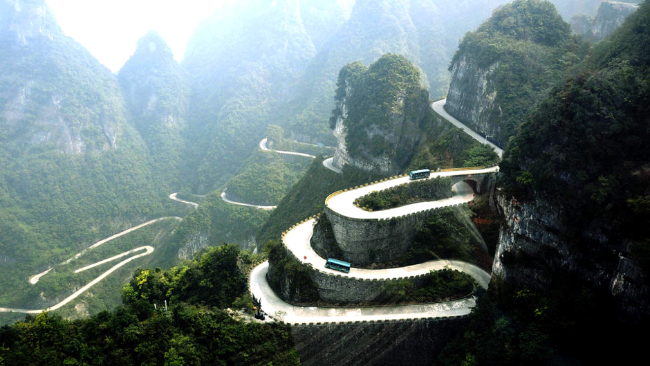 Up, up and away - All roads lead up in Zhangjiajie